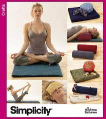 Simplicity Sewing Pattern 3583 - Make your own yoga gear - Yoga with Gail